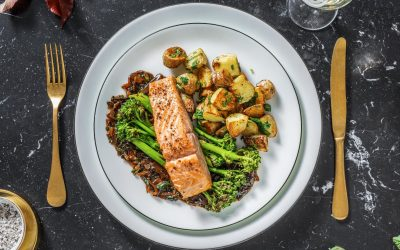 Oven-Baked Salmon with Garlic Sauce, Vegetables and Roasted Potatoes